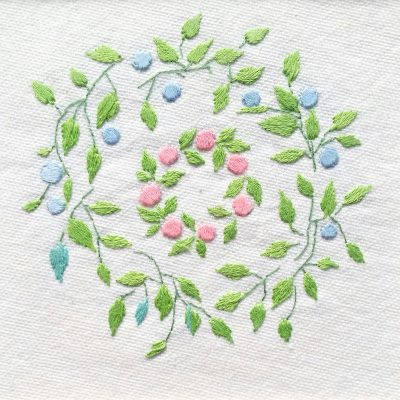 Patricia Van Ness Embroidery: Vines and Wreath #169