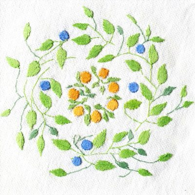 Patricia Van Ness Embroidery: Vines and Wreath #114
