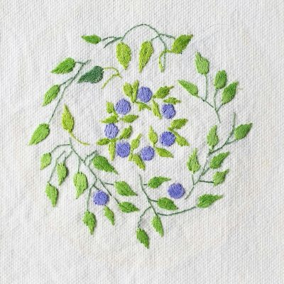 Patricia Van Ness Embroidery: Vines and Wreath #157