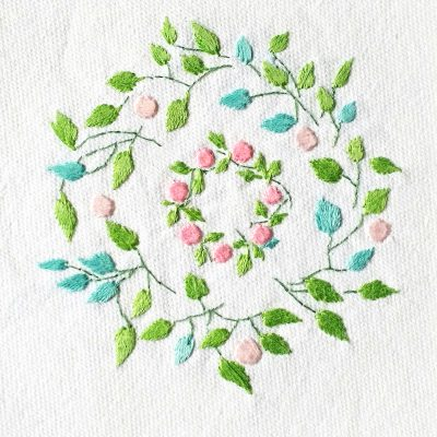 Patricia Van Ness Embroidery: Vines and Wreath #202